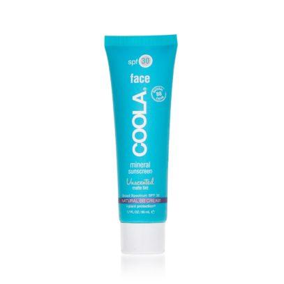 Солнцезащитный матирующий крем для лица без запаха с тональным эффектом SPF30